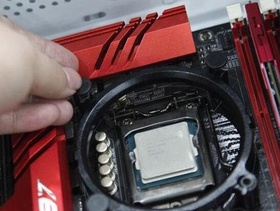 玄冰400散热器安装图解3