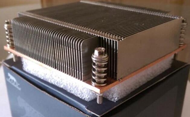 被动式CPU散热器