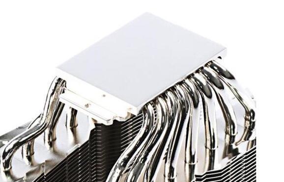 电脑CPU散热器底座选择