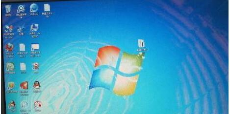 电脑闪屏的原因及解决方法