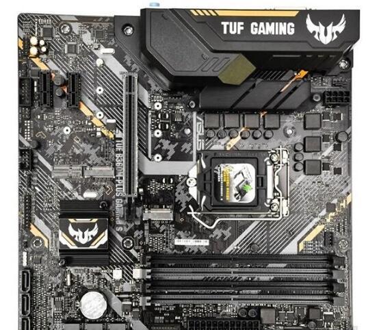 网上硬件各种缩水的电脑主板