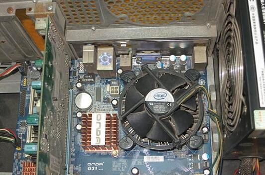 如何解决电脑开机声音大的问题