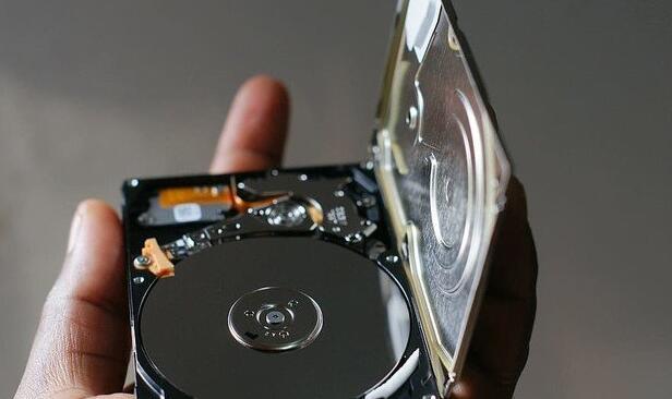 硬盘同容量单碟好还是双碟好