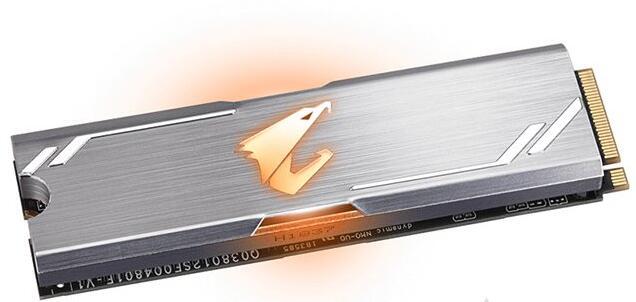 技嘉AORUS RGB 512G M.2 NVMe白色固态硬盘