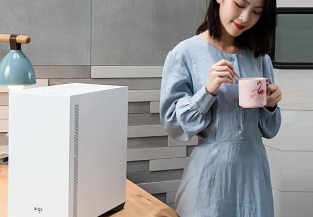 白色电脑台式机推荐,5000元i5高性价比游戏电脑配置